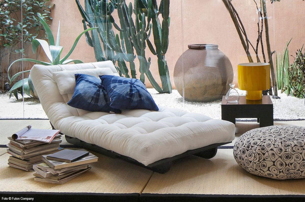 Decoração zen com sofa futon