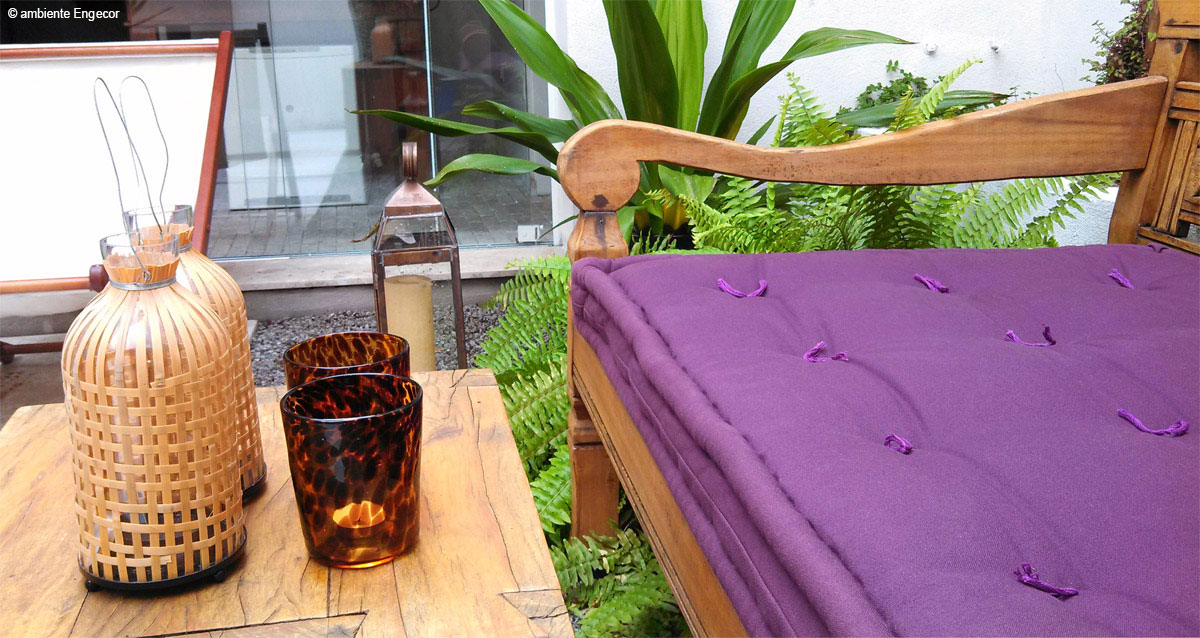 banco balinês com futon