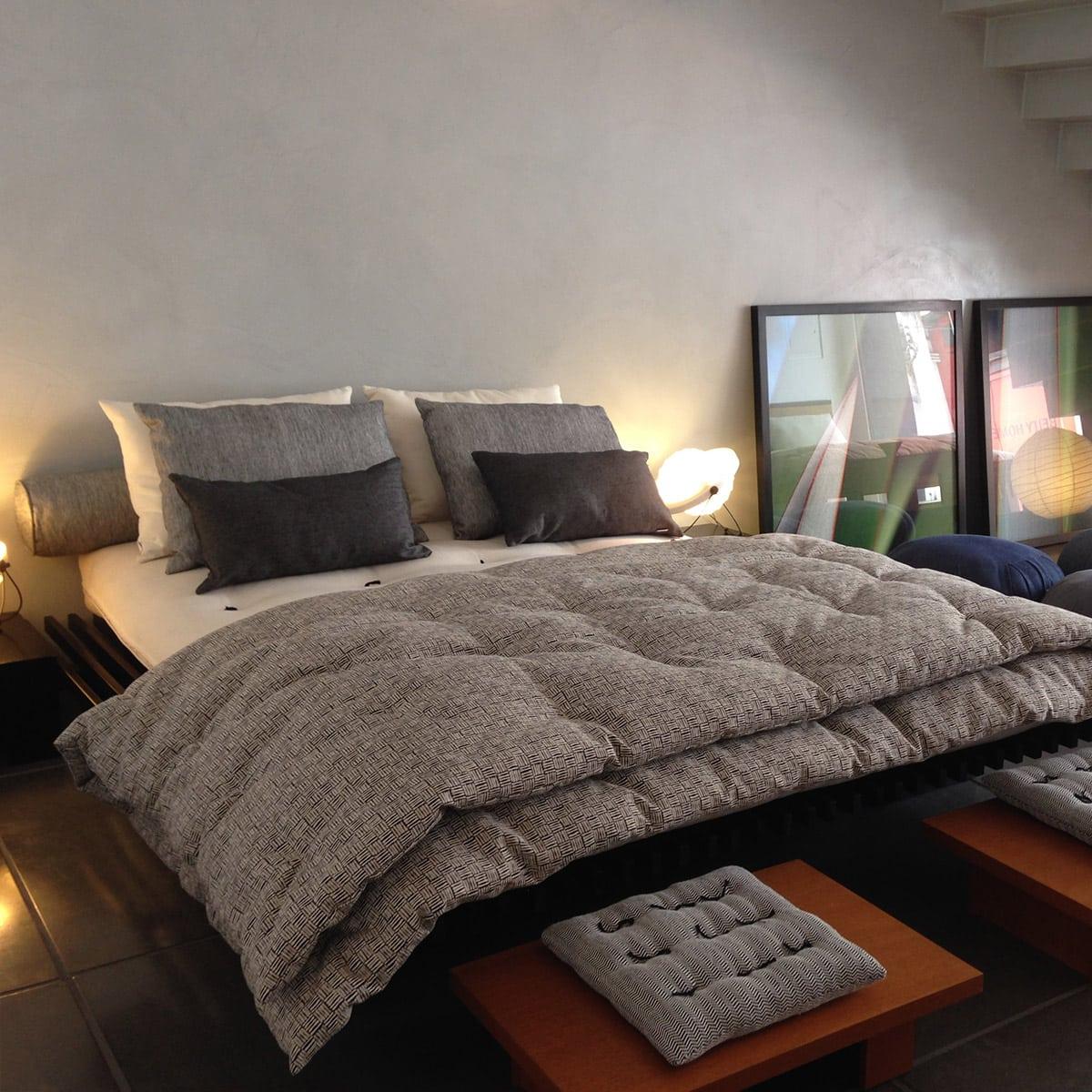 Cama casal futon company for Cama cama cama