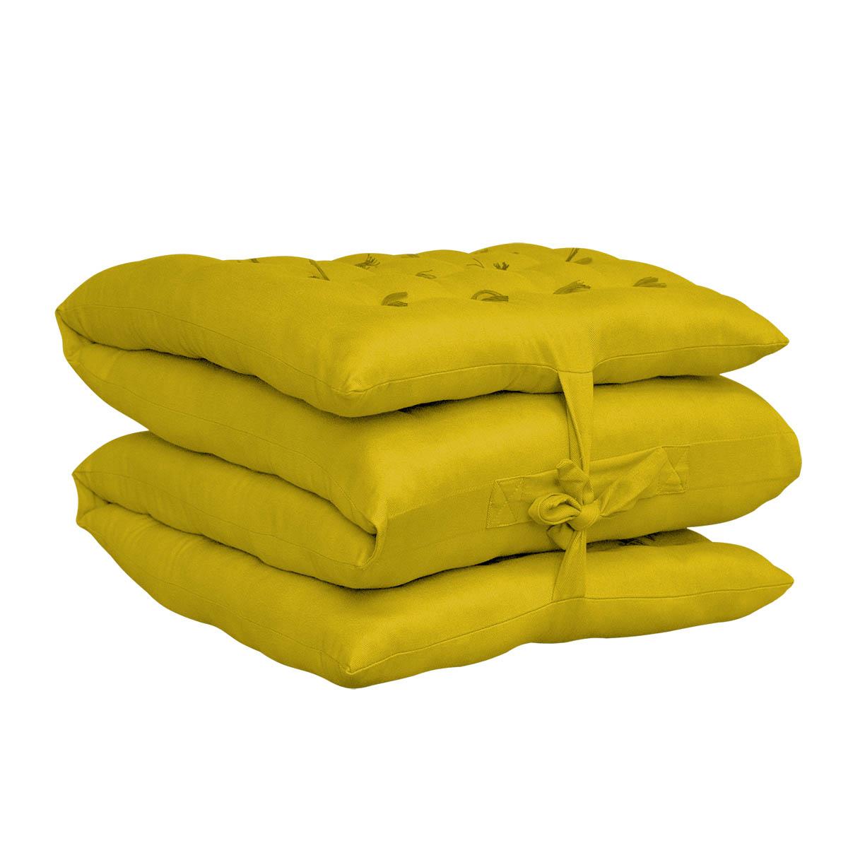 Puff decorativo futon company - Puff que se hace cama ...